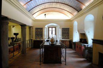 Camaldoli antica farmacia - gabinetto_galenico